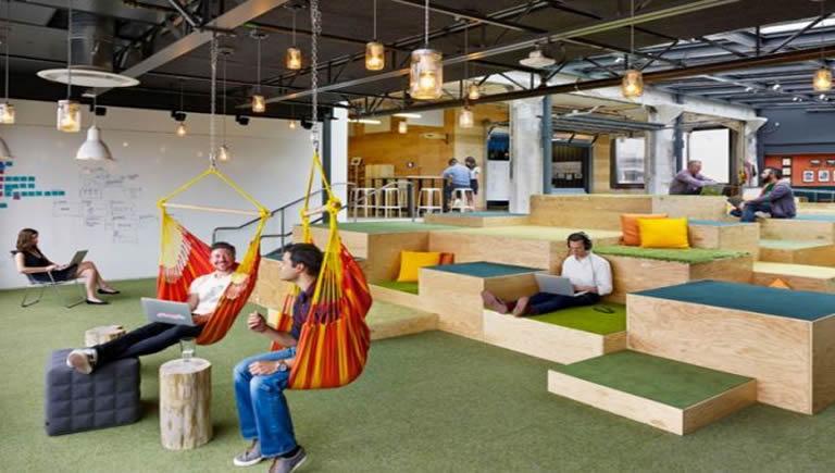 Lounge Hang Cool